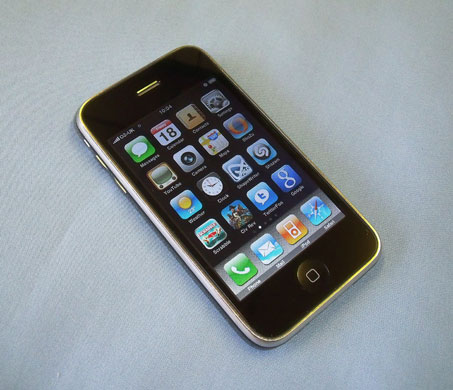 the_first_iphone